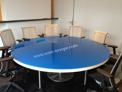 table-ronde-en-verre-trempe-laque-ral