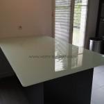 Dessus-de-table-verre-trempe-clair-laque-blanc2-cuisine