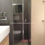 Porte de douche en verre trempé sur mesure