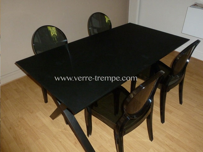 nettoyer table en verre best with nettoyer table en verre finest table verre extensible x. Black Bedroom Furniture Sets. Home Design Ideas