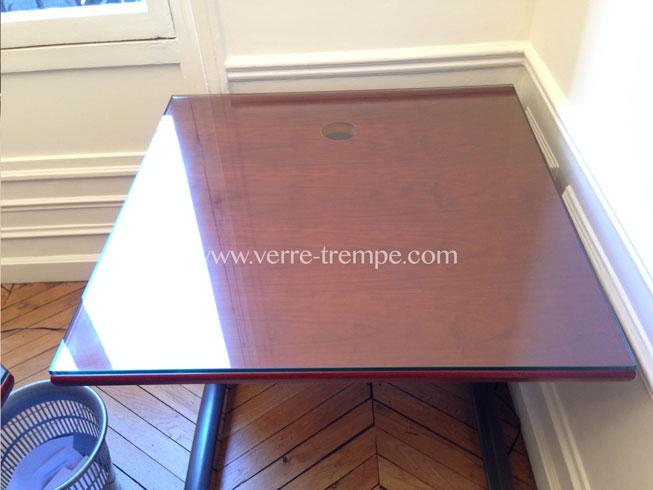 protection de table en verre tremp verre tremp sur mesure. Black Bedroom Furniture Sets. Home Design Ideas