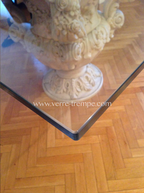 Protection de table en verre tremp verre tremp sur mesure for Disposition des verres sur la table