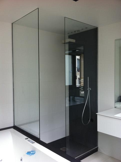parois de douche en verre trempe sur mesure verre trempe